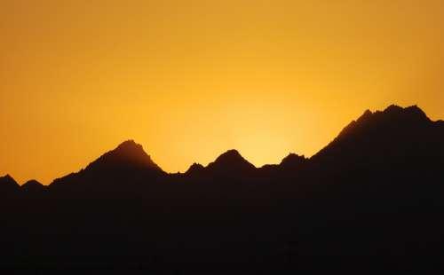 Mountains West The Sun Twilight Orange Shadows