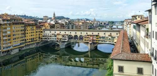 Ponte Vecchio Arno River Florence Firenze Italy