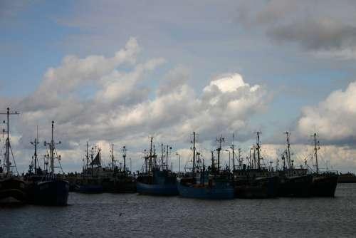 Port Fishing Vessels Sea Boats