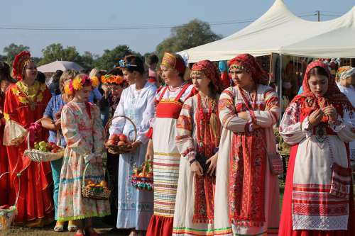Russia Girls Russians Costumes Folk Folklore