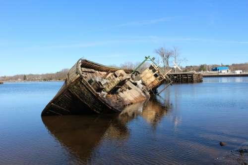 Shipwreck Boats Wreck Ship Abandoned Old Coast