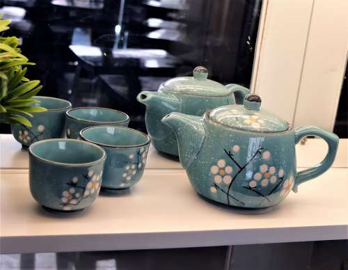 Small Ceramic Teapot Asian Design Color Clam