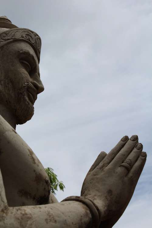 Statue Kind Sri Lanka Worship Sadu