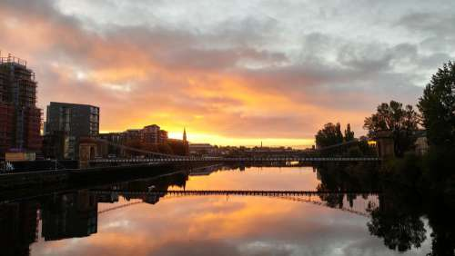 Sunrise River Scotland Riverside City Water Clyde