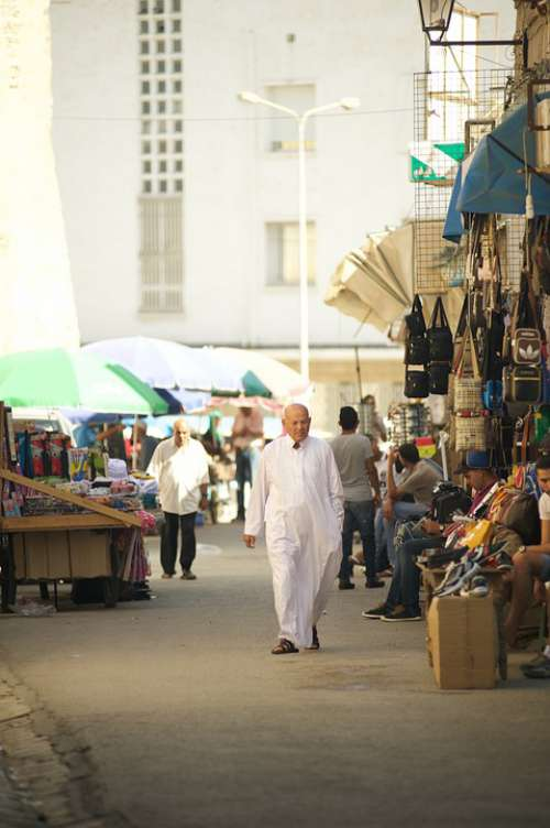 Tunisia Market Man Goes Muslims Seller Buyer