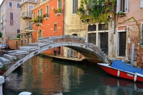 Venice Gondola Bridge Italy Channel Architecture