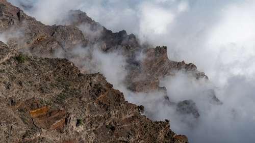 Volcanic Crater Cloud Mood Caldera De Taburiente