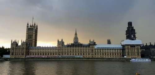 Westminster Thames London Landmark Parliament