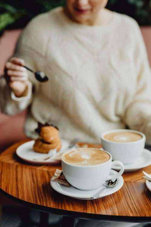 Delicious coffee & dessert in the Beza café in Lodz, Poland