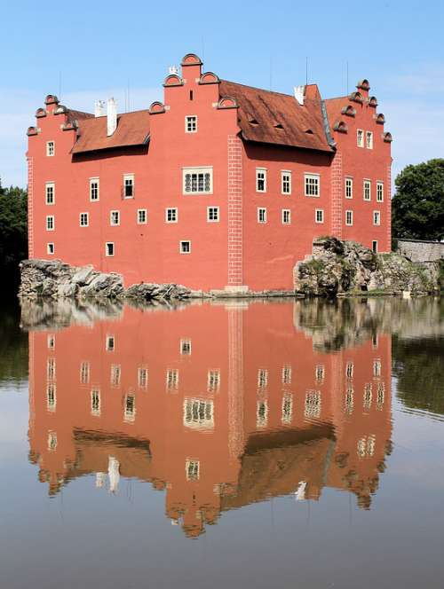 Castle Červená Lhota Architecture History Lake