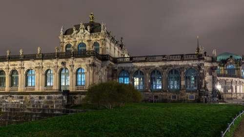 Dresden Kennel Building Night Architecture Lights
