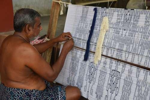 Handloom Weaving Loom Weaver Textile Weave
