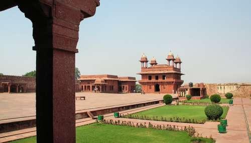 India Fahtepur-Sikri Palace Maharajah Red Sandstone