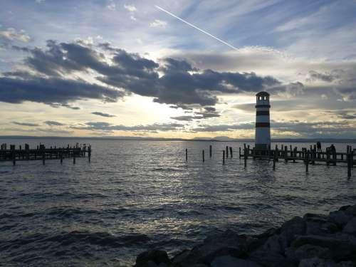 Lighthouse Lake Web Nature
