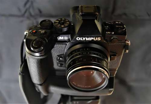 Old Em1 Omd Digital Camera No Mirror Mirrorless