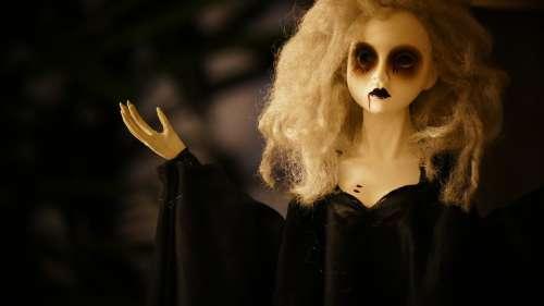 Puppet Scary Creepy Figurine Halloween