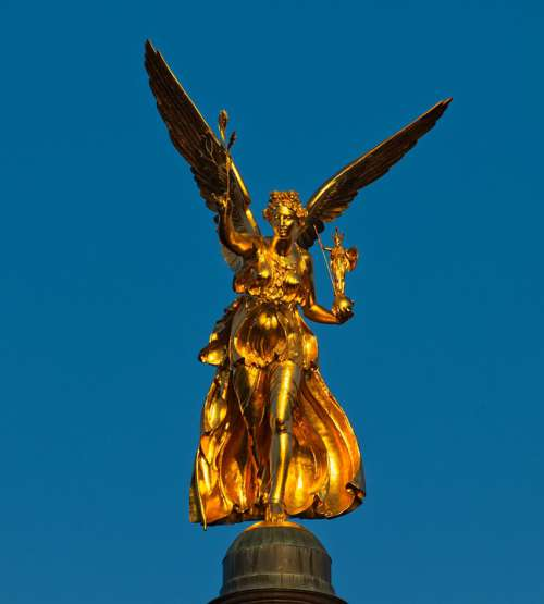 Statue Gold Harmony Angel Angel Of Peace Golden