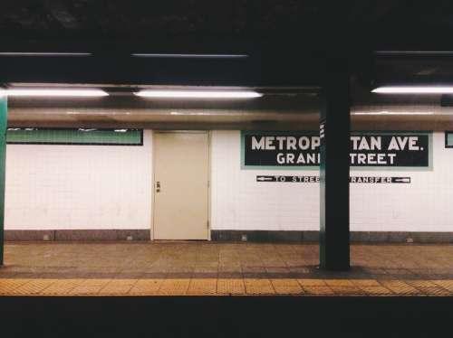 Metropolitan Ave