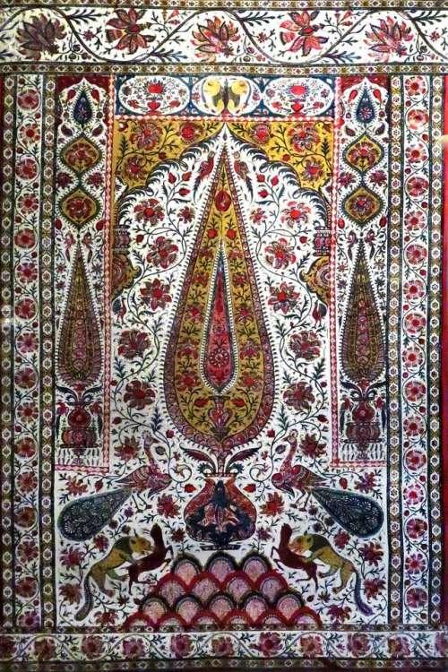 Middle Eastern Islamic textile fabric design