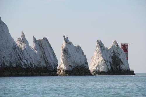 scenery Isle of Wight sea cliffs the needles