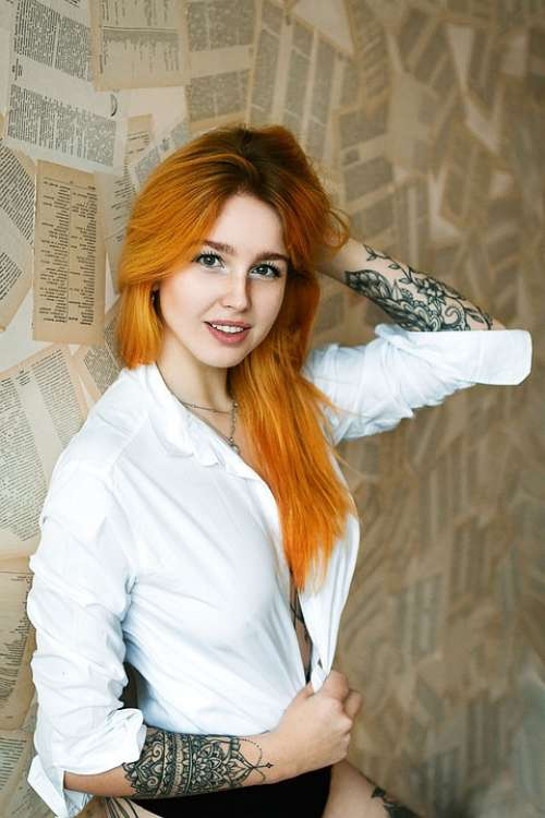 Beauty Woman Redhead Cosmetics Luck Feeling Hair