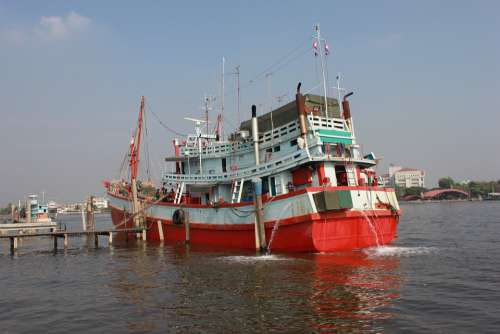 Boat See Ship Ao Horizon Fisherman Bay Travel