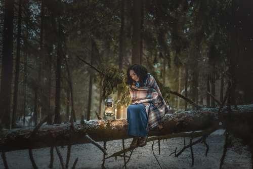 Girl Forest Kerosene Lamp Lamp Light Night