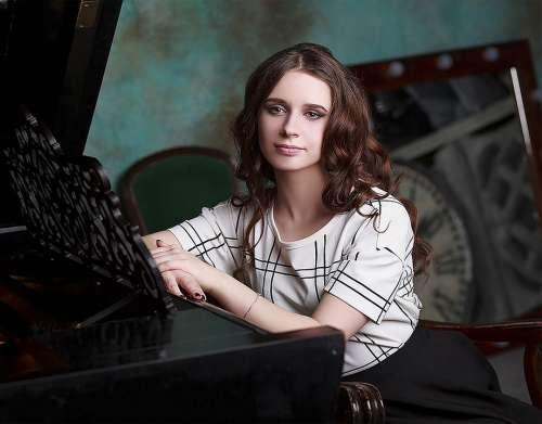 Girl Sadness Longing Boredom Russian Portrait