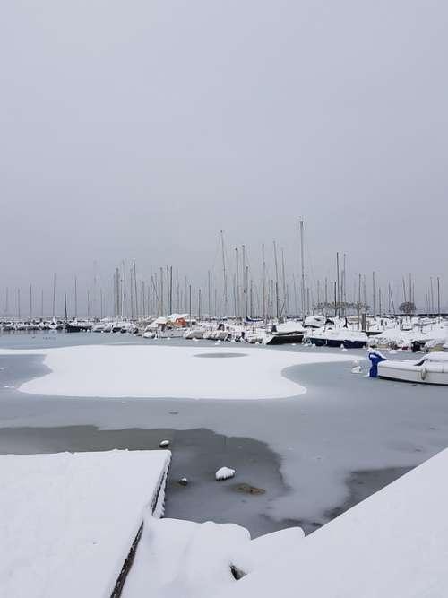 Ice Cold Freeze Gel Winter Snow Frozen Boat