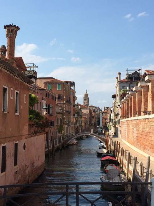 Italy Gondolas Channel Tourism Boats Europe