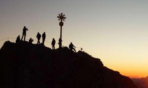Mountaineer Sunrise Shadow Play Climber Climb