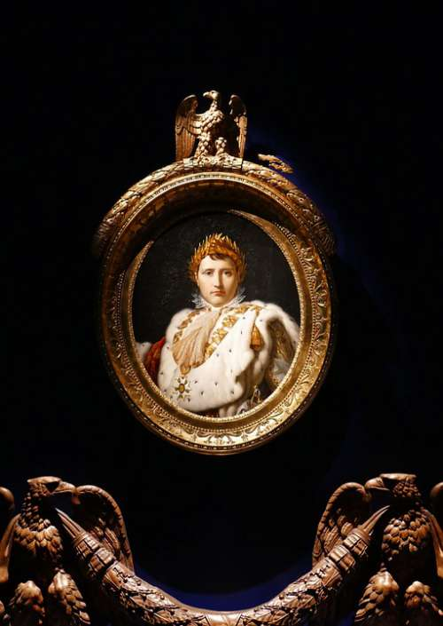Painting Medallion Napoleon Emperor Gold Gilt