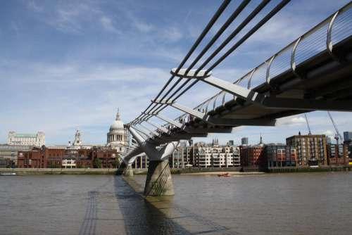 River Thames London Uk Skyline England