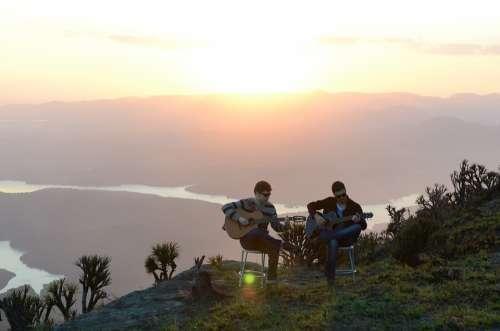 Sol Lake Mountain Singers Duo Landscape Nature