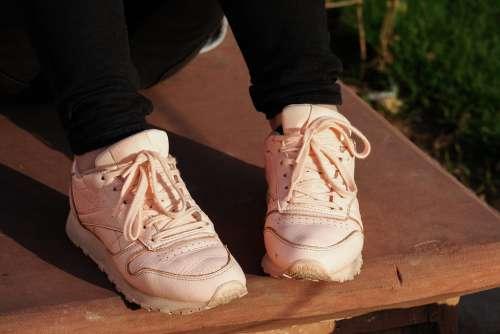 Pink Jogging Sneakers