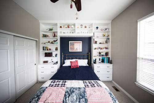 Small Bedroom With Shelving Photo