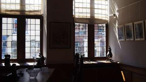 indoor interior light rays dutch