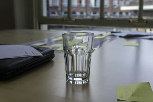 glass transparent water break think