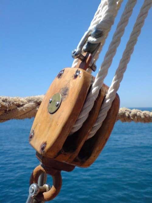 rigging boat ship block & tackle wooden