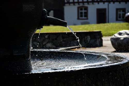 droplet water splash fountain water