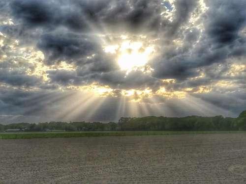 Sun sunbeam beam cloud clouds