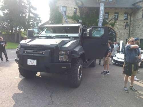 Pitt Bull Armored SWAT Truck