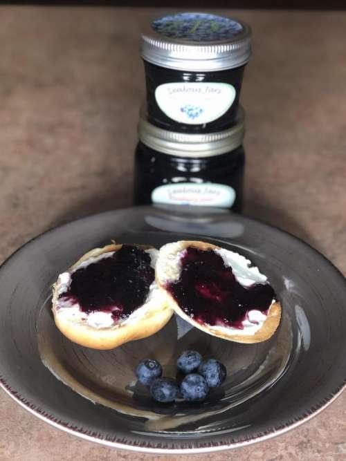 bagel jam jelly blueberry blueberries