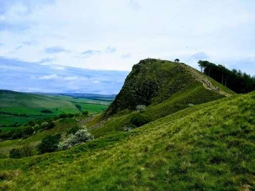 mam tor mums hill peak district castleton outcrop