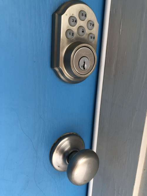 doorhandle door handle door blue door front door