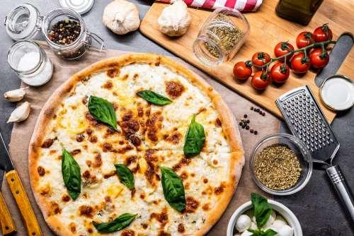 Quattro Formaggi Pizza Free Photo