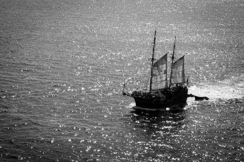 Barco Boat Ship Sea Water Pilot Canal Sail