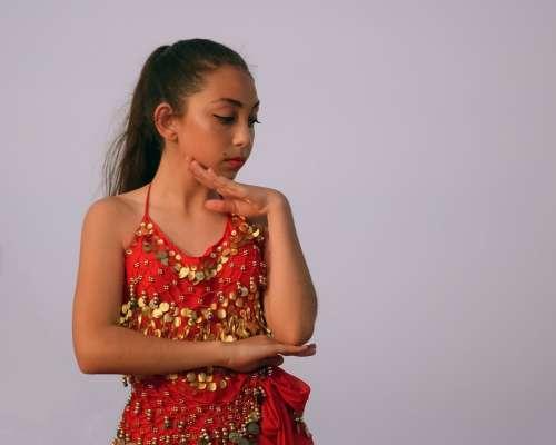 Belly Dance Oriental Dancer Girl Costume