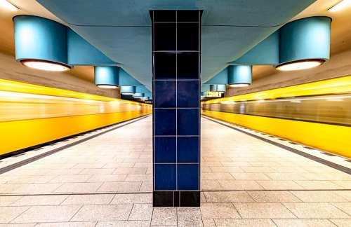 Berlin Metro Nauerner Square Ubahn Train