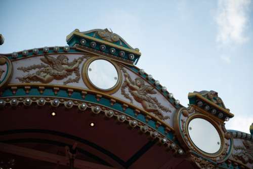 Carousel Merry-Go-Round Amusement Park Ride